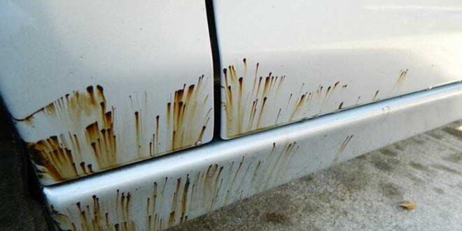 Comment enlever des taches de goudron sur une voiture